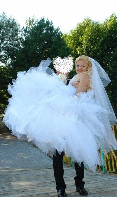 платье из костюмной ткани для фигуры груша