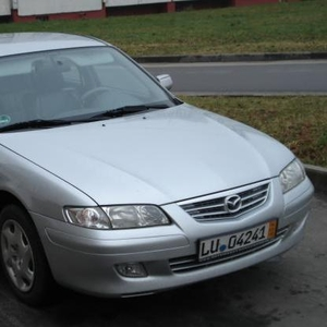 Мазда626 2001г.в.