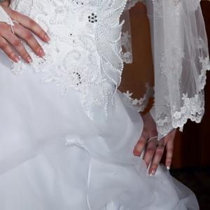 продам свадебное платье в отл состоянии