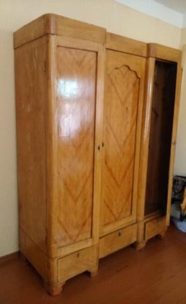 Шкаф дубовый 2